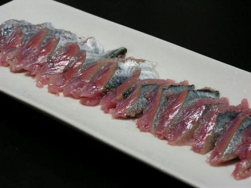 秋刀魚(さんま)の刺身
