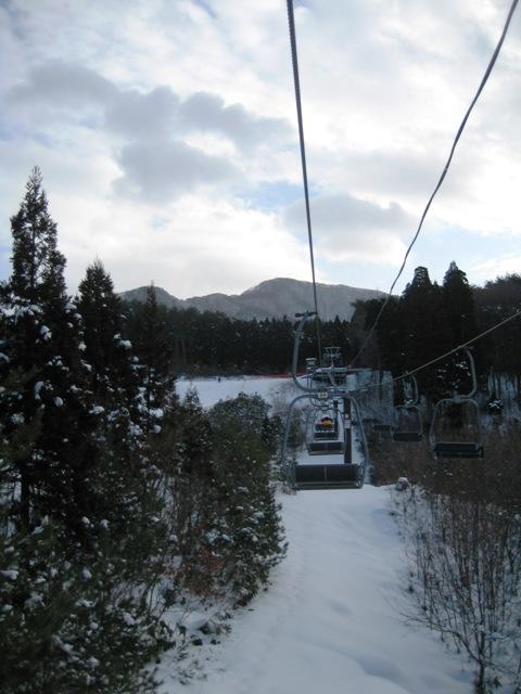 岳スキー初すべり 010