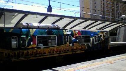 ユニバーサル電車2