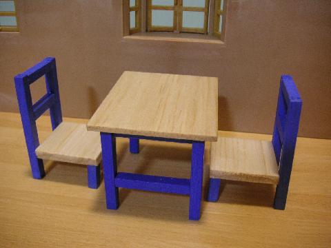 青テーブル8