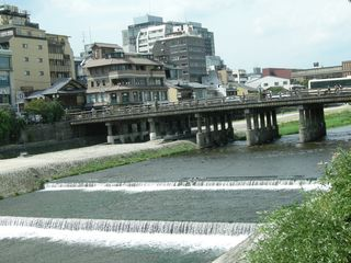1.三条大橋