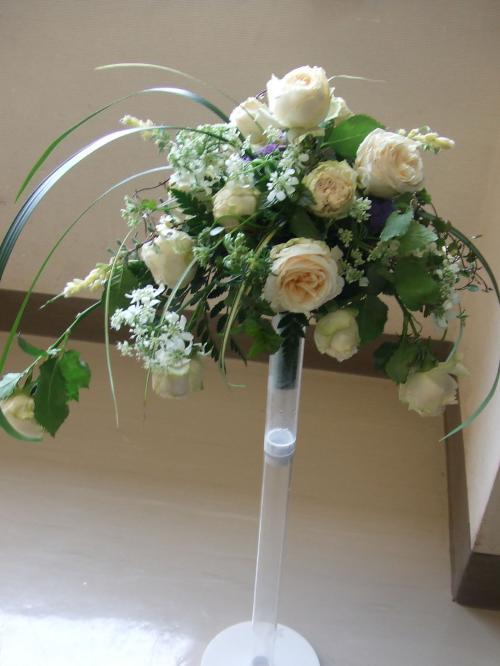 ほぐれた花嫁のブーケ