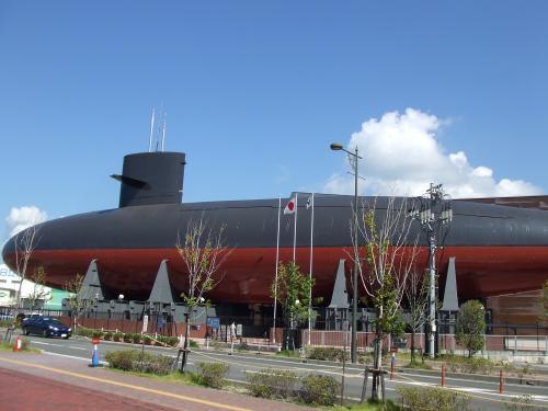 潜水艦なのに~~ういてんのョ~^^