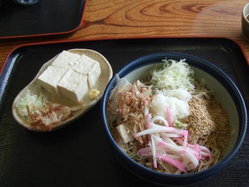 おろし蕎麦と田舎豆腐~うまいんだにゃ