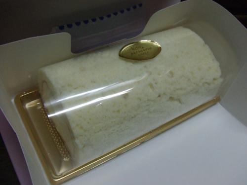 練乳ロールケーキ