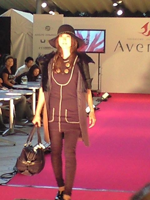 ファッションショー08 06