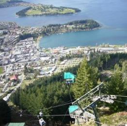 山の展望台から見た街の風景♪