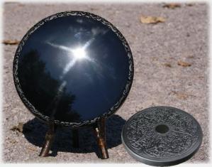 黒曜石の鏡