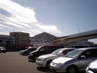 函館山とプリウス