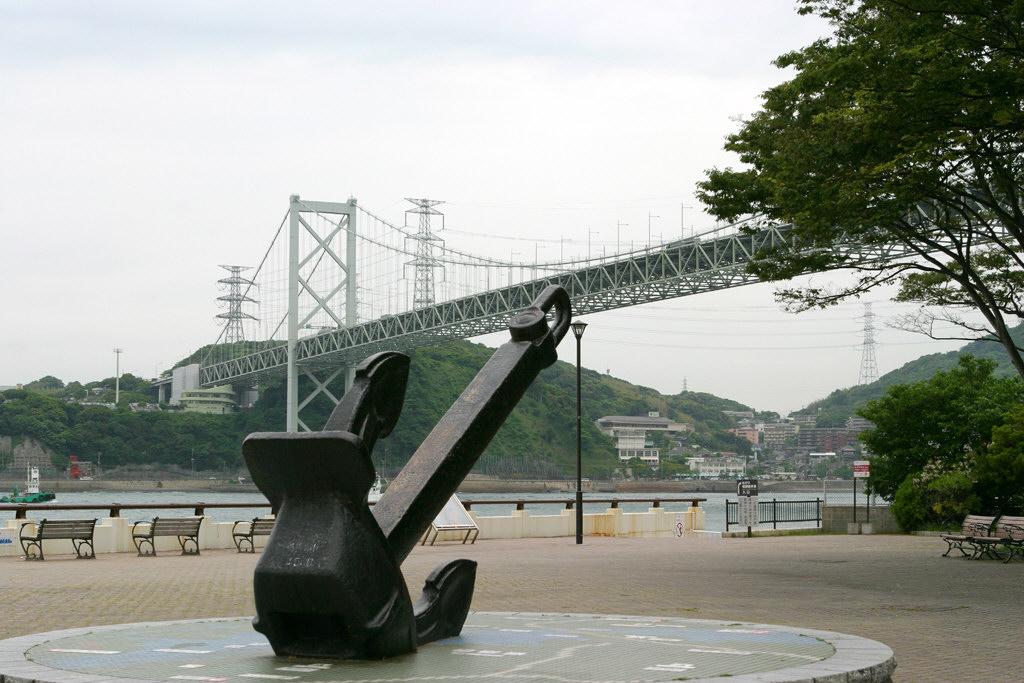 ノーフォーク広場からの関門橋