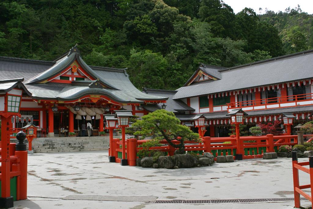 太鼓谷稲成神社境内
