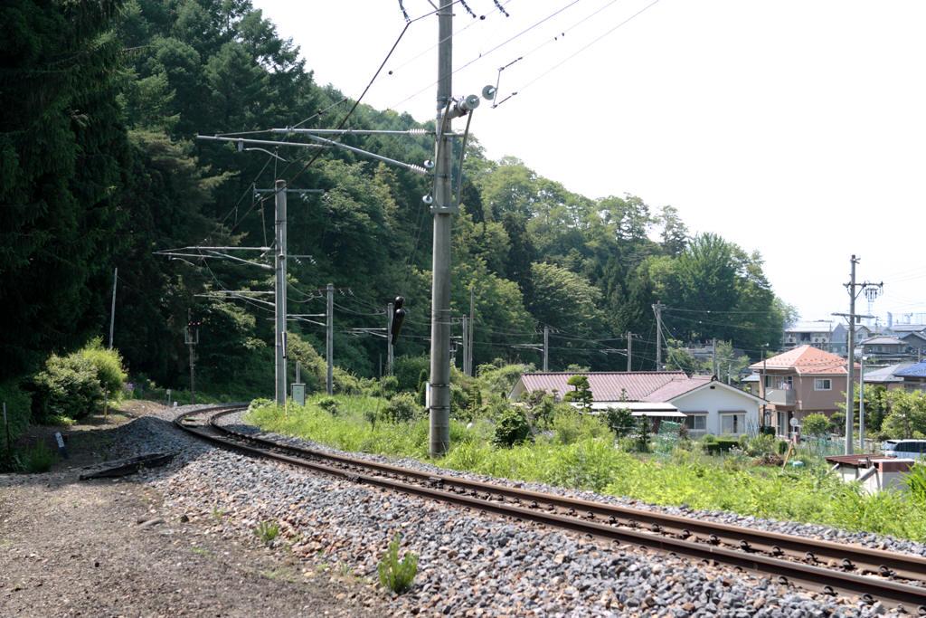 西福寺から見た中央本線 塩尻方