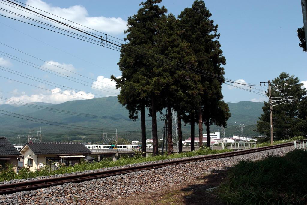 西福寺から見た中央本線 新鮮と旧線