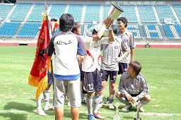 20080831 天皇杯予選決勝-被り物?