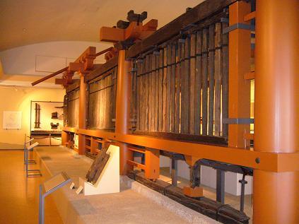 山田寺回廊。