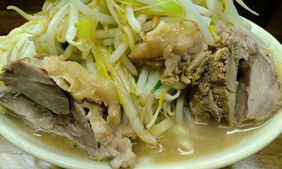 ヤサイ 豚 スープ