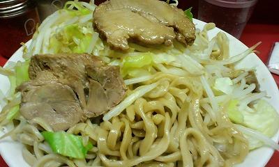 麺 豚 ヤサイ