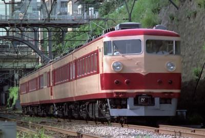 ... 系電車 (↓)を 準急として 導入
