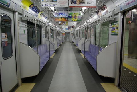 東武50000系車内(初期)