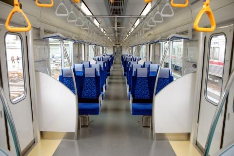 東武50090系車内(クロスシート時)