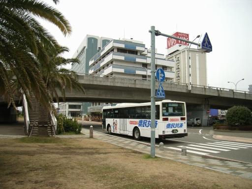 この頃流行りの広告バス