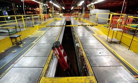 2010年、業績悪化で閉鎖されたGMの工場
