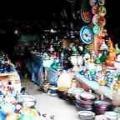 これはメクネスのエディム広場の土産屋です