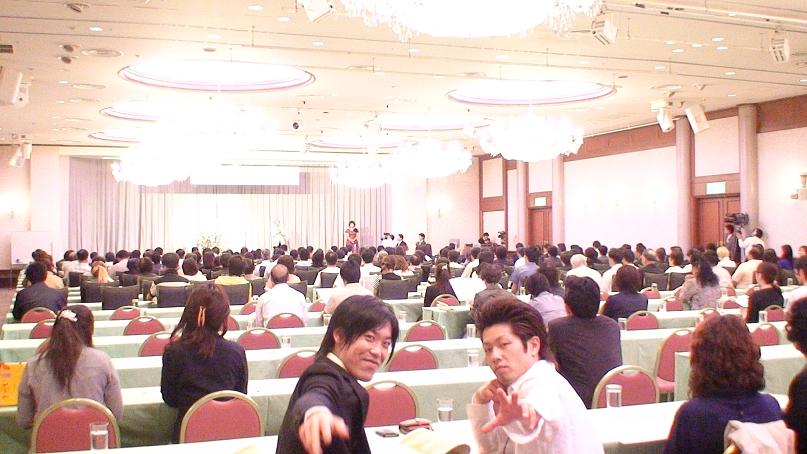 山梨県甲府駅前の習い事教室、話し方スピーチ発表会