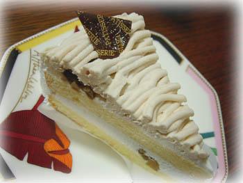 コンビニマロンケーキ