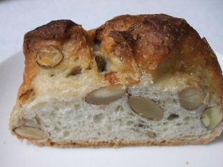 20826VIRON蜂蜜とナッツのパン2