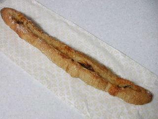 201005beブリーとイチジクのパン1
