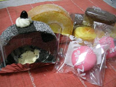 090216カキの土手煮、シミズのお菓子 002