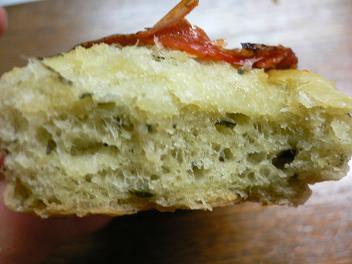 トマトとチーズのフォカッチャ@パンデュース (3)