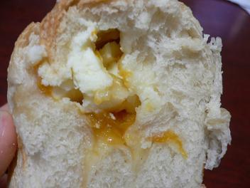 FLUffy クリームチーズのパン (4)