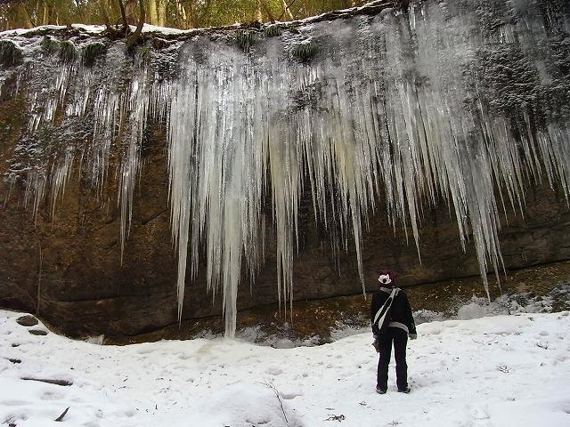 2滑川渓谷氷柱