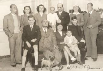 FamigliaSilvio-J.jpg
