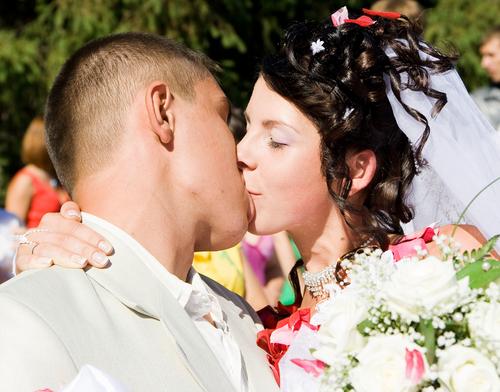 plastic-surgery-part-of-wedding-plans.jpg