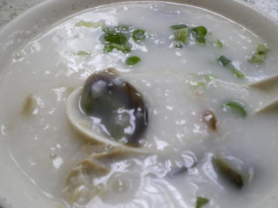 潮發粥麺 ピータン.JPG