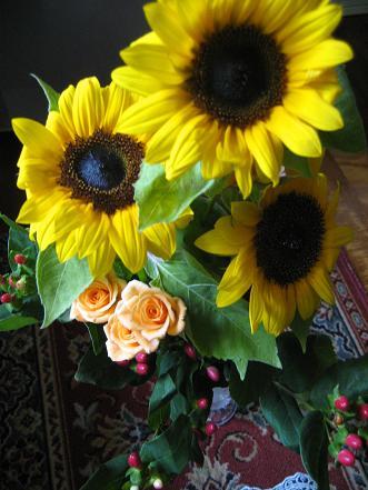 ひまわり花束