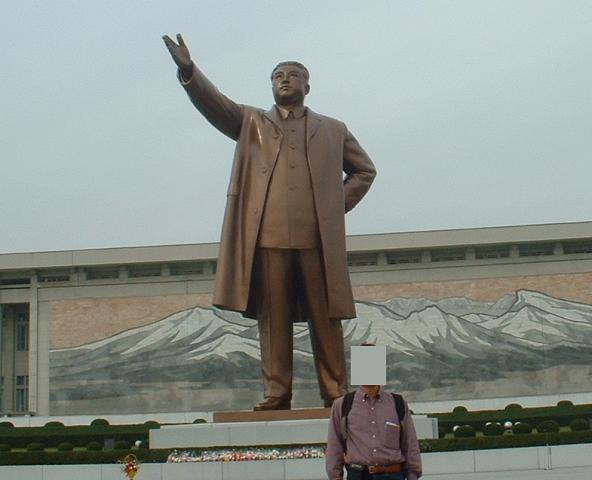 金日成銅像