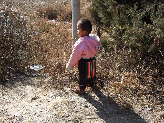 納西族子供
