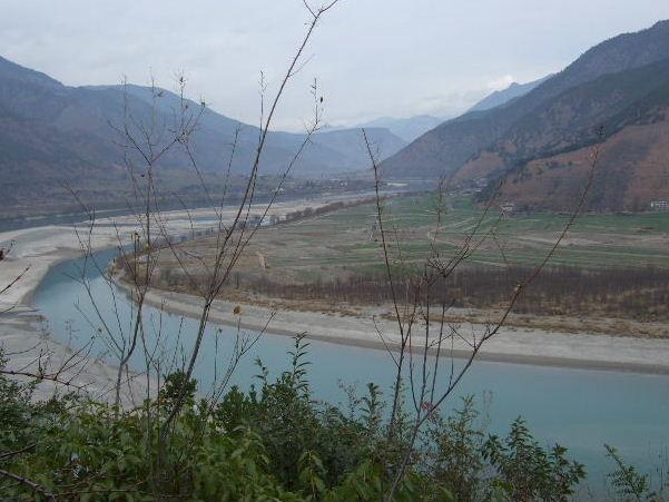 長江第一湾左