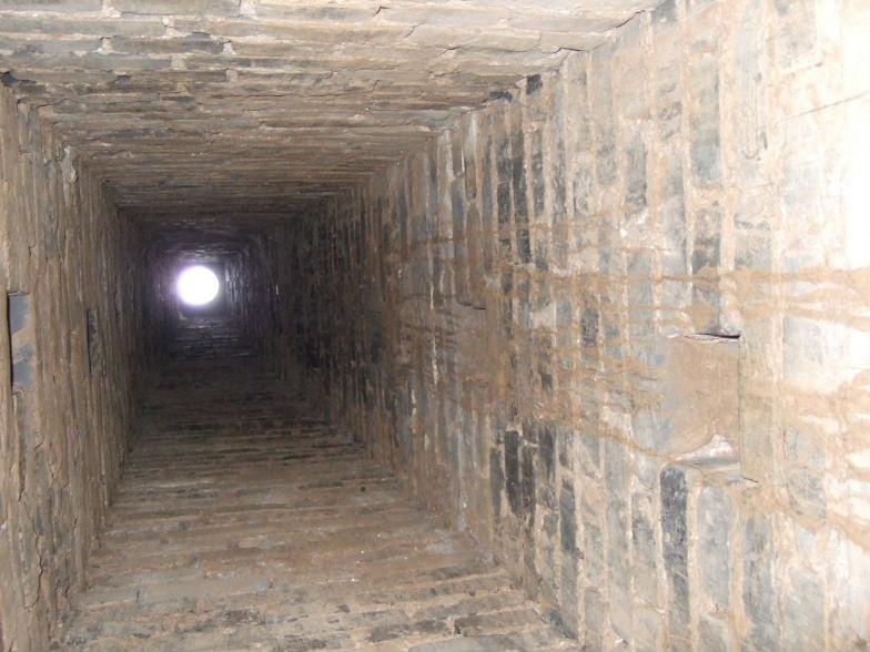 張壁地上穴