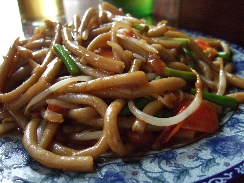 033一得客桟筱麺搓魚