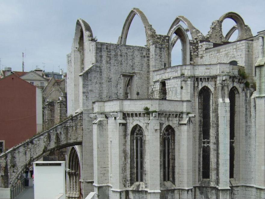 016Lisboaカルモ教会