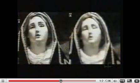 YouTubeより、「目を開ける聖母マリア像」