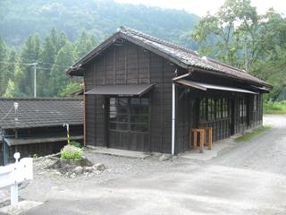 青部駅(3)