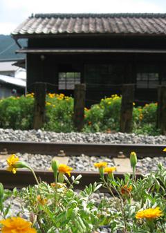 青部駅(8)a