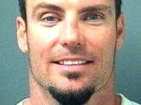 Vanilla_Ice_Arrested_200803.jpg