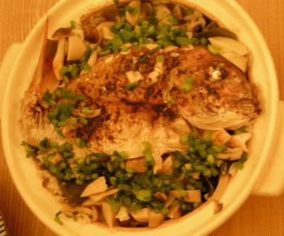 食を楽しみましょ!ホームパーティ!鯛の炊込み土鍋ごはん!2008.8.25